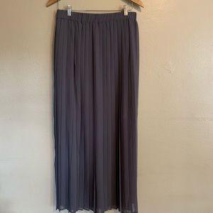 BCBGMaxAzria | Gray Pleated Maxi Skirt | Medium M